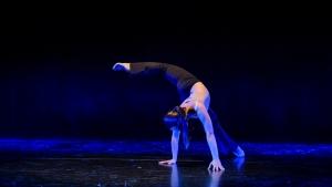 Il mio centro Choreografia: Patrizia Cartei. Tancuje: Marta Cappelini, a.h. (IT) Company: MultiVersoDanza